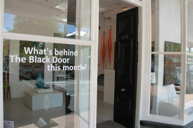 12-xmas-black-door