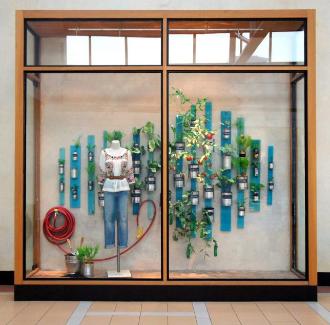 Retail Store Window Display Ideas 12 Practical Tips To Try In Your Shop